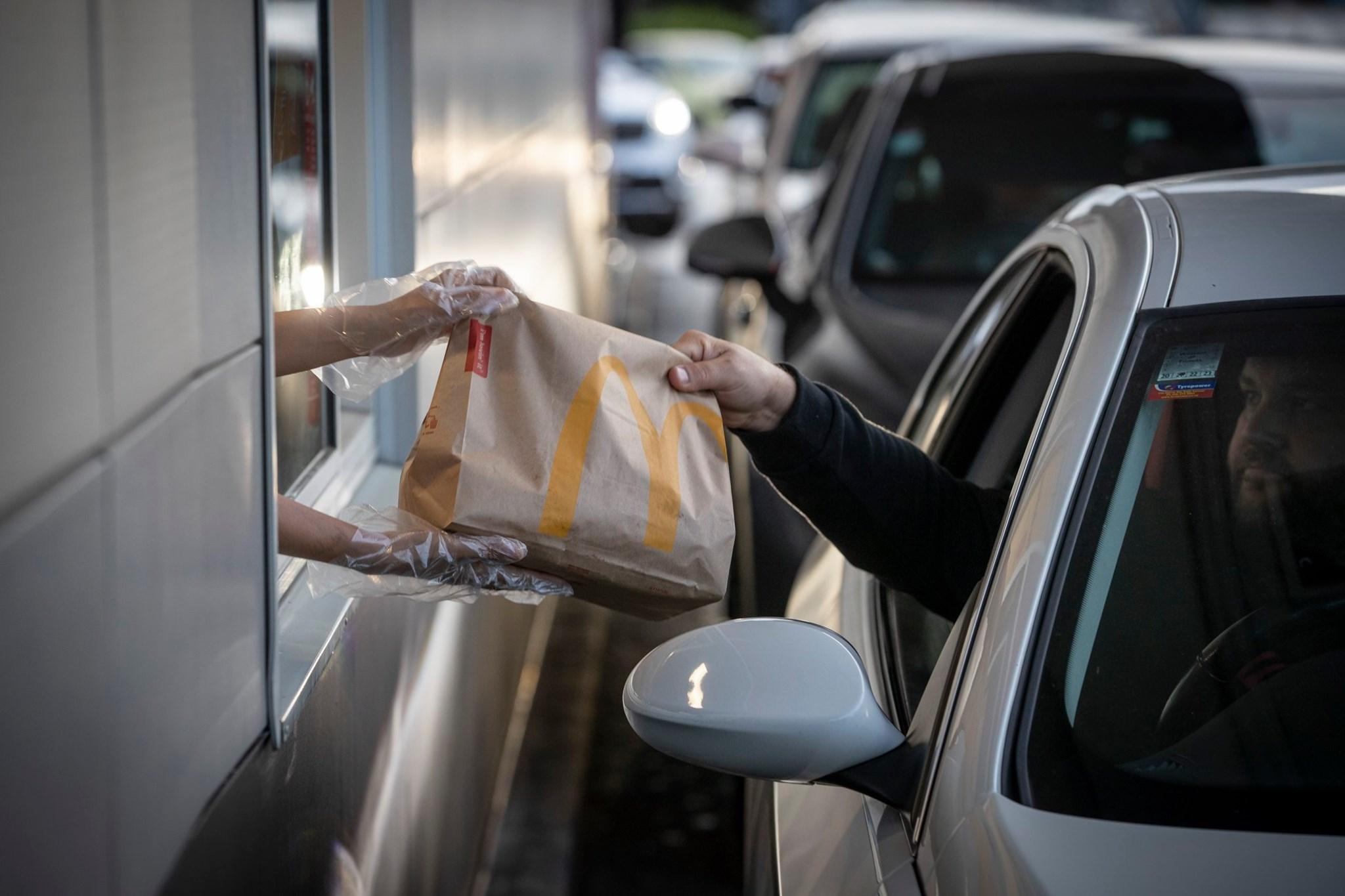 紐西蘭解封 麥當勞大排長龍