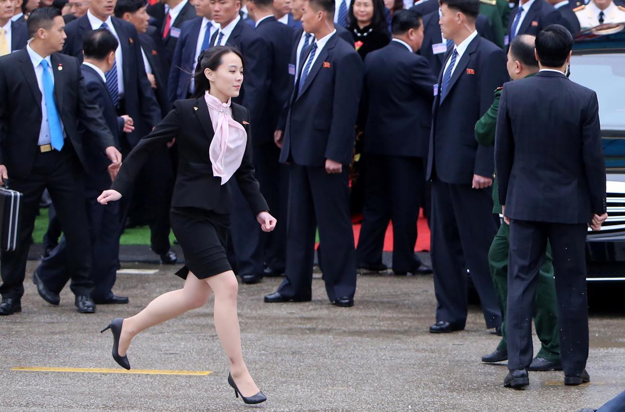 天啊!第一天當國家領導人就遲到了?
