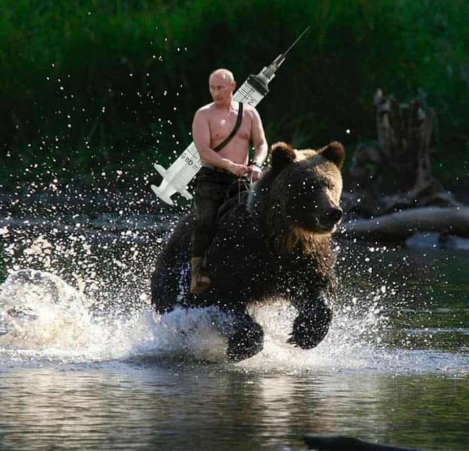 普丁騎黑熊拯救了全世界